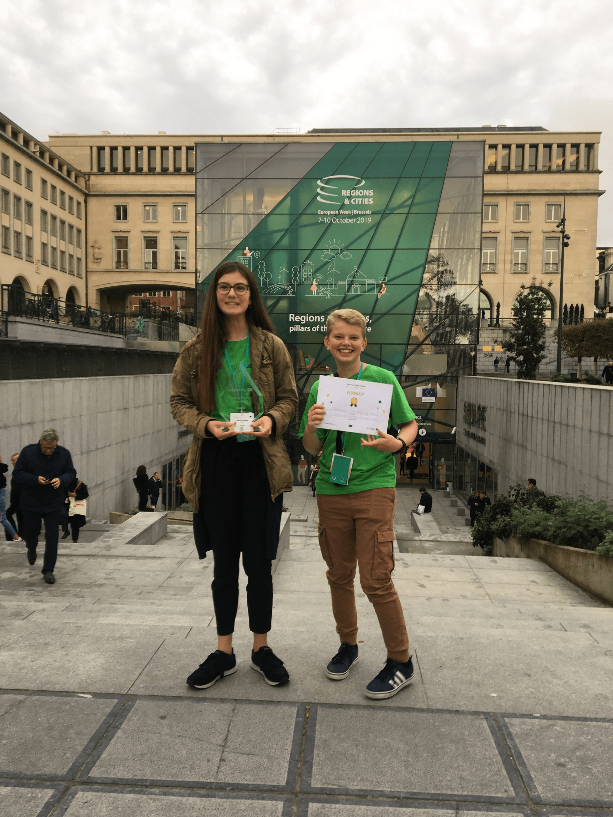 Scholenproject 2IMPREZS wint Europese trofee in Brussel